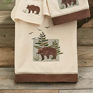 BLACK FOREST DECOR Denali Bear Bath Towel