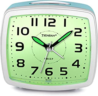 Juboos Silent Non Ticking Analog Alarm Clock with Nightlight Snooze Travel Alarm Clock Silent Sweep Second Hand, Lightweight Analog Quartz Clocks for Bedrooms (Green)