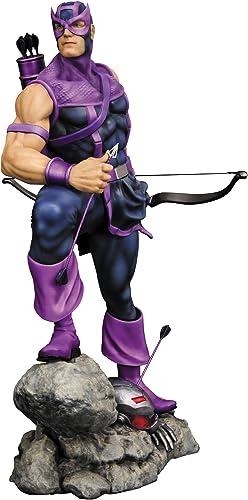 Marvel Fine Art Statue  Hawkeye (Classic Avengers)