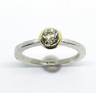 Precioso anillo forjado en Oro de 18k y plata de ley con gran diamante de 0.42 quilates.