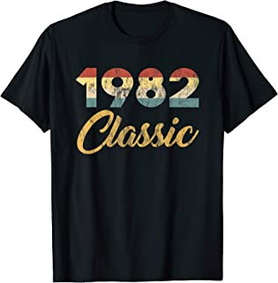 Born In 1982 Classic 80s Celebration Retro 38th Birthday T-Shirt