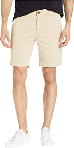 Wanderer Shorts in Sulfur Fresh Sand