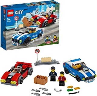 LEGO City Aresztowanie na autostradzie 60242 — zabawka policyjna, fajny zestaw do budowania dla dzieci (185 elementów)