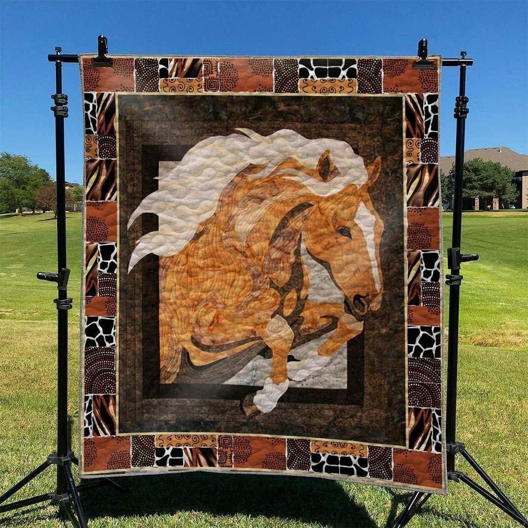 Personalized Horse Quilt Gift for Your Max 56% OFF Qui Nashville-Davidson Mall Lovers Birthday