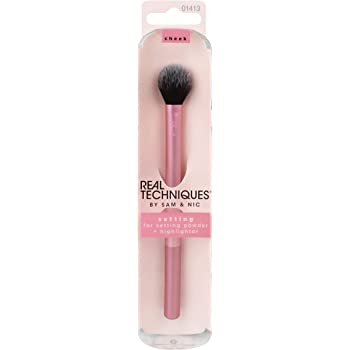 Real Techniques Professional Setting Makeup Brush, Helps Lock in Foundation and Concealer