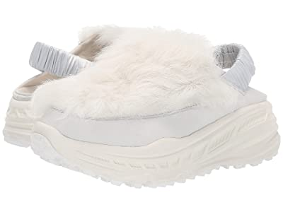 UGG Fluffy Runner (White) Women