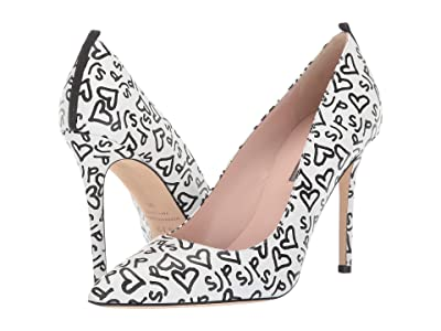 SJP by Sarah Jessica Parker Fawn 100mm (White/Black SJP Heart Print) Women