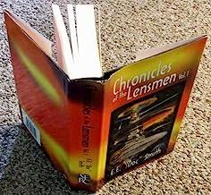 Chronicles of the Lensmen, Volume 1 (Triplanetary, First Lensman, Galactic Patrol )