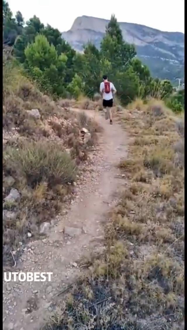 UTOBEST Mochila Running Hidratacion 5L Ligera Chaleco Hidratacion Trail Running Hombre Mujer para Correr Bicicleta Ciclismo MaratÓn Senderismo