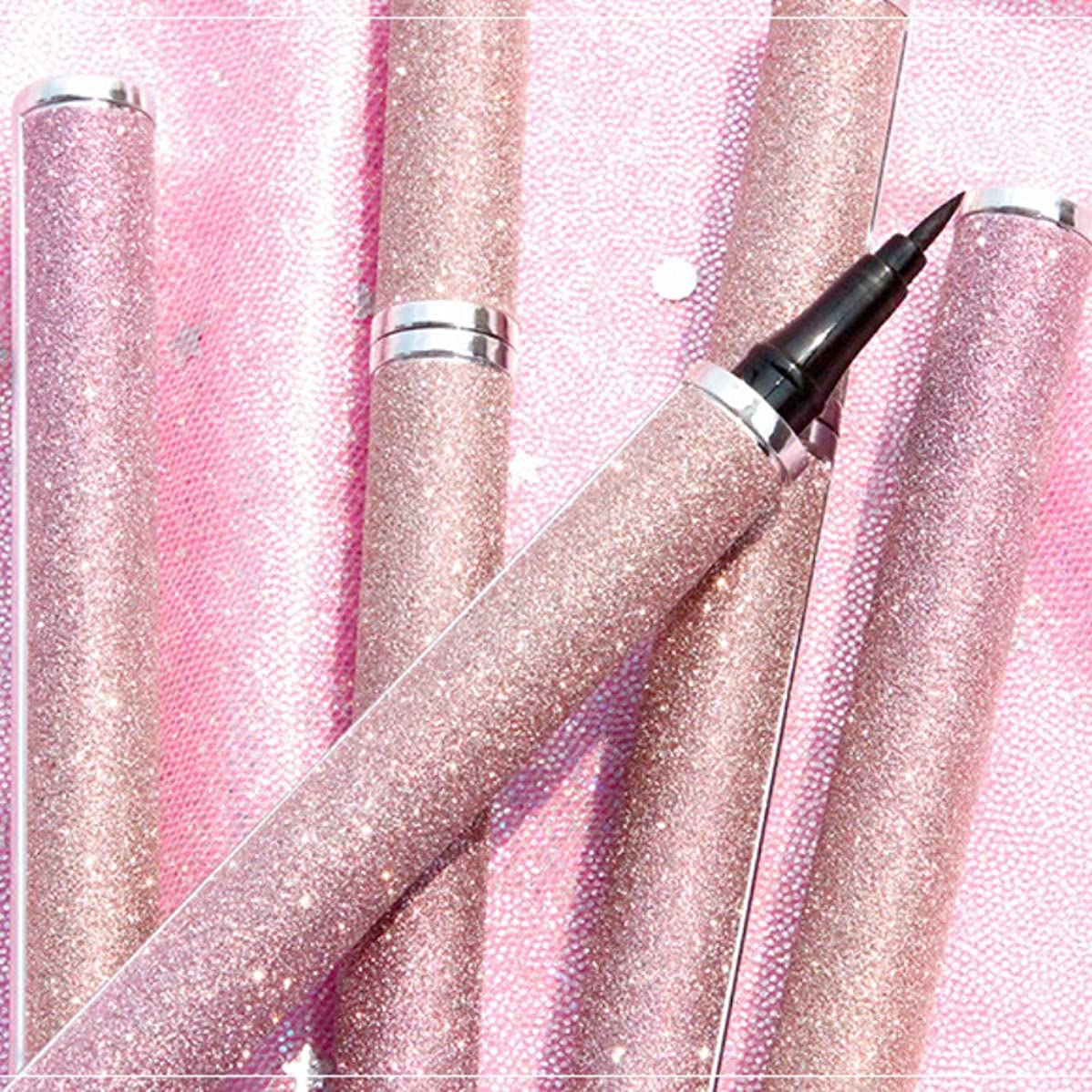 リキッドアイライナーペンシル 汚れ防止 スムース アイライナーペン 美容 長持ち 持ちよし 速乾 ロングラスティング 星空 Cutelove