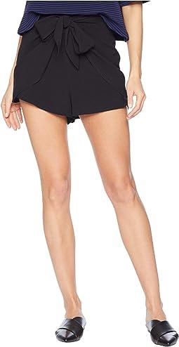 Smooth Stretch Crepe Shorts KS5K1209