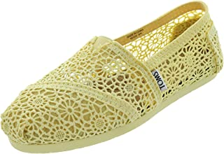 TOMS Womens Classic Canvas Slip-On Shoe