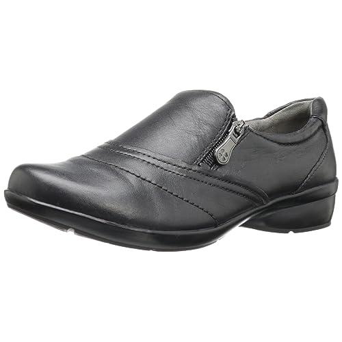 Naturalizer Women s Clarissa Slip-on Shoe b2160b735