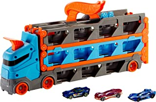 Hot Wheels Speedway Hauler Storage Carrier with 3 1:64 Scale Cars for Kids 4 to 8 Years Old GVG37