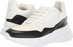 Oversized Runner Sneaker