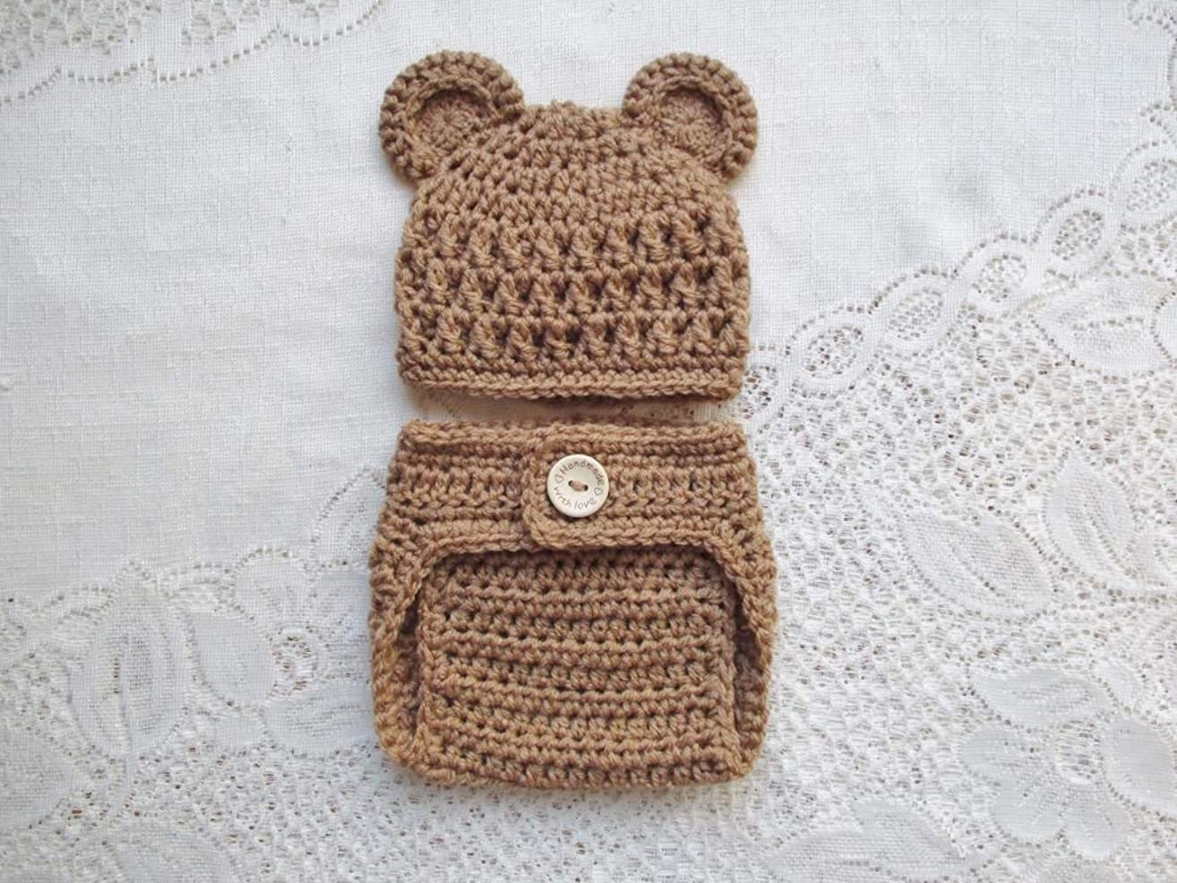 Baby Bear Crochet Hat and Diaper Cover Set - Photo Prop - Available in 0 to 24 Months