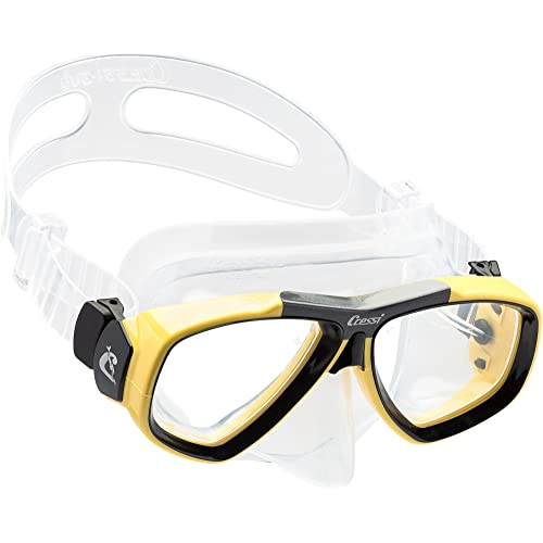 34fc58ecf03d Cressi Focus - Scuba Diving Snorkeling Mask - Optical Lenses Available  (Separately Purchase)