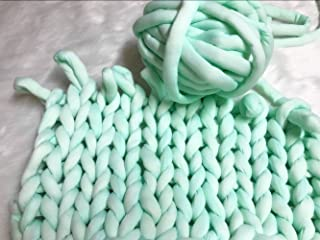 Super Chunky Vegan Yarn, Acrylic Bulky Thick Roving Washable Softee Chunky Yarn for Arm Knitting DIY Handmade Blankets (Mint, 20m)