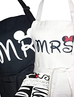 VMNlooking Mr. and Mrs. Aprons Gifts for Bridal Shower,His and Hers Couple Matching Aprons with Pocket, Funny Wedding Gifts for Wedding Marriage Newlyweds(Set of 2 Size) (Mickey)