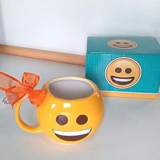 Taza emoticono sonriza feliz decorada y con tarjeta