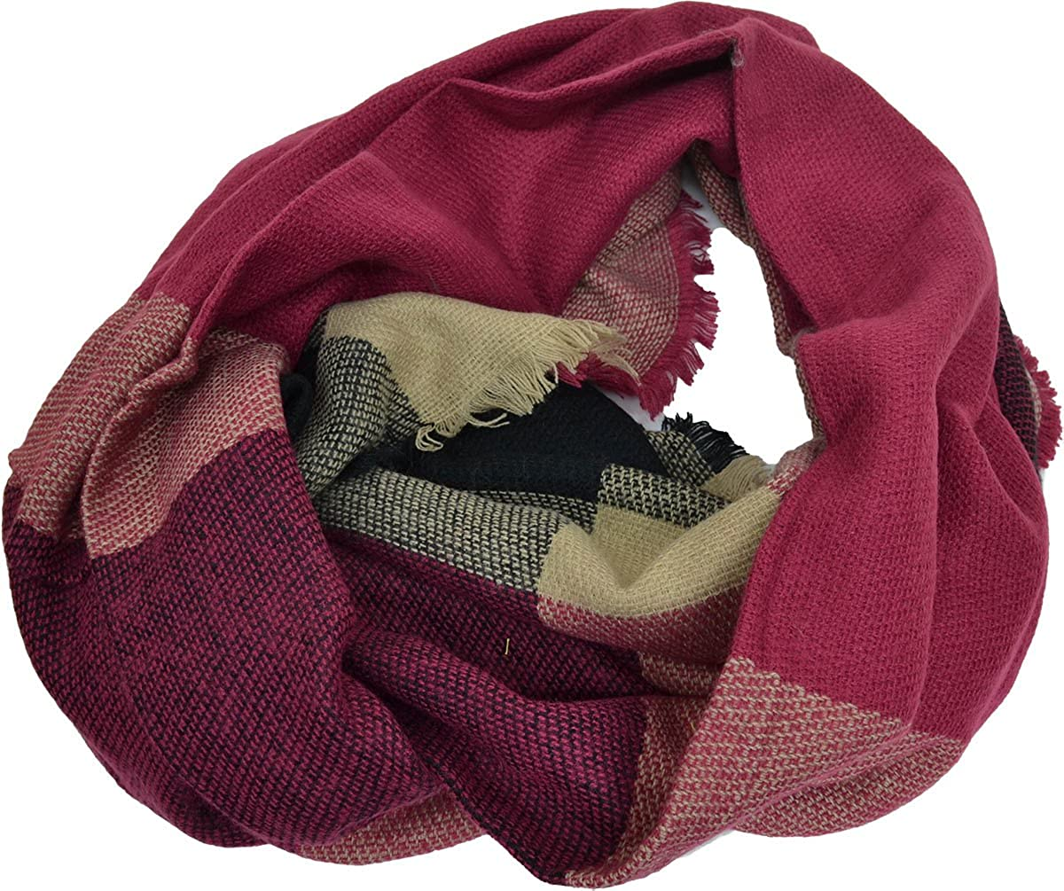 COLLECTION XIIX CoLoR BloCK RUNWAY WraP Scarf Berry