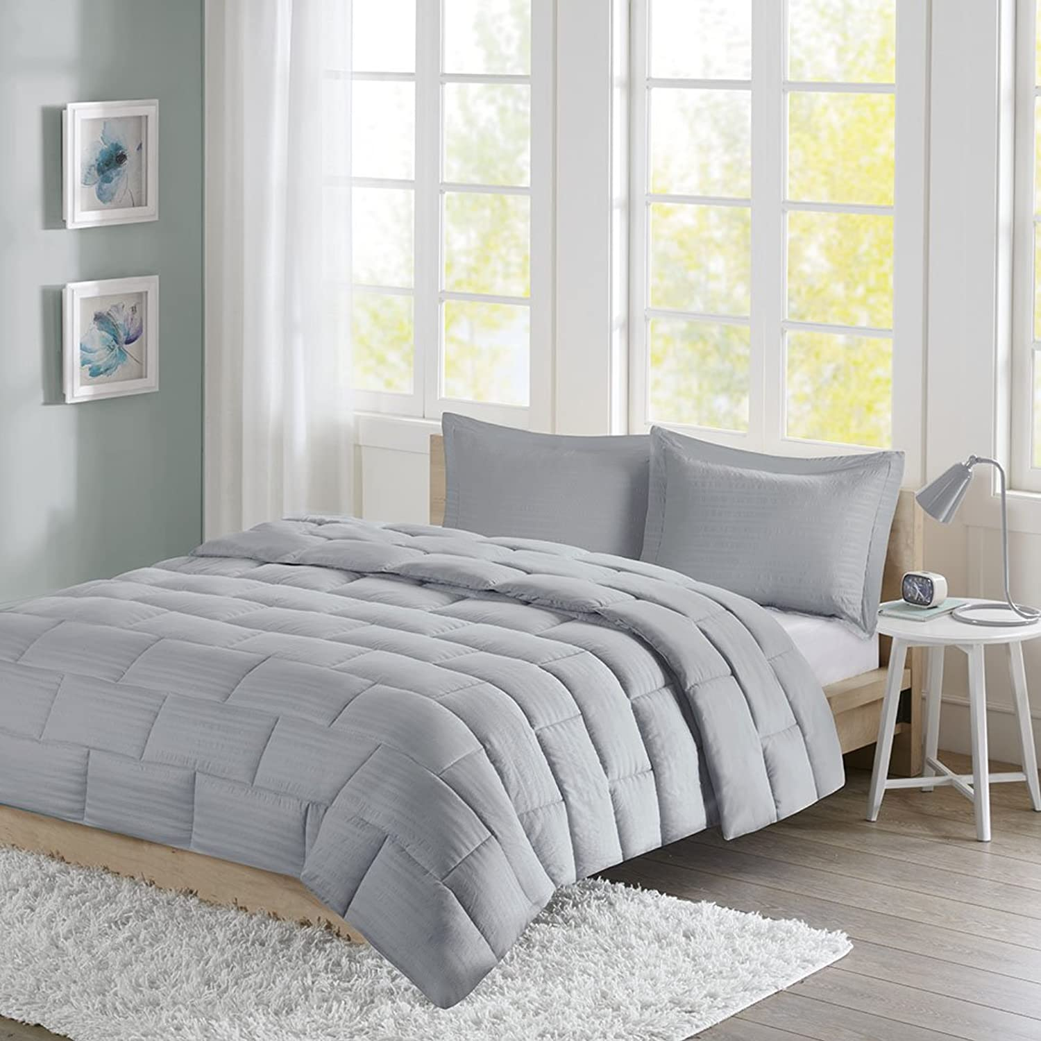 Intelligent Design Avery Seersucker Down Alternative Comforter Mini Set Full Queen Grey