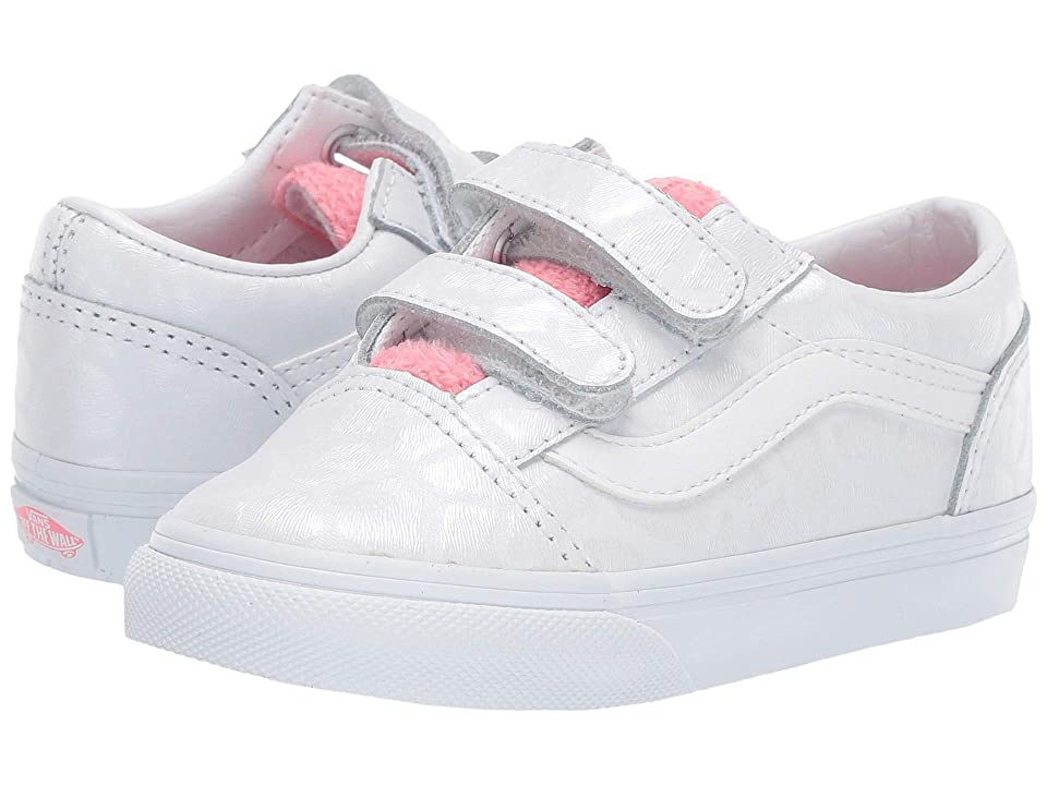 Vans Kids Old Skool V (Toddler) ((White Giraffe) True White/Strawberry Pink) Girls Shoes