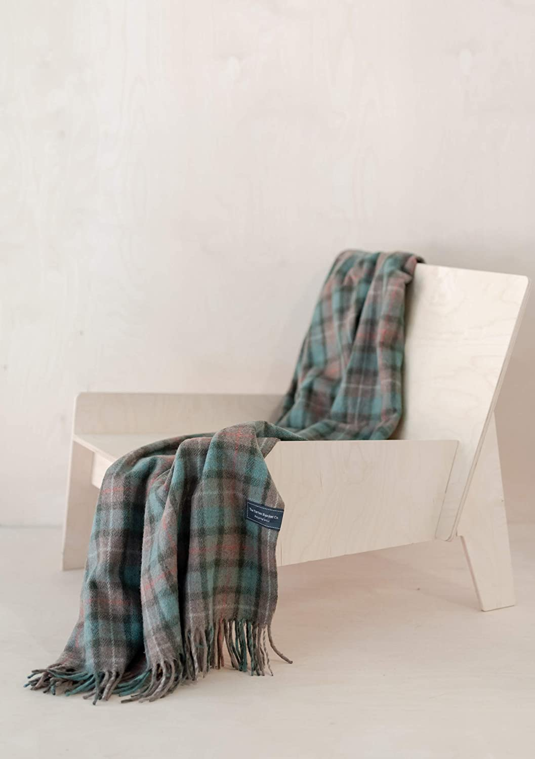 The Tartan Blanket Co. Couverture recyclée en Laine – Style Tartan écossais Mackellar Fraser Hunting Weathered