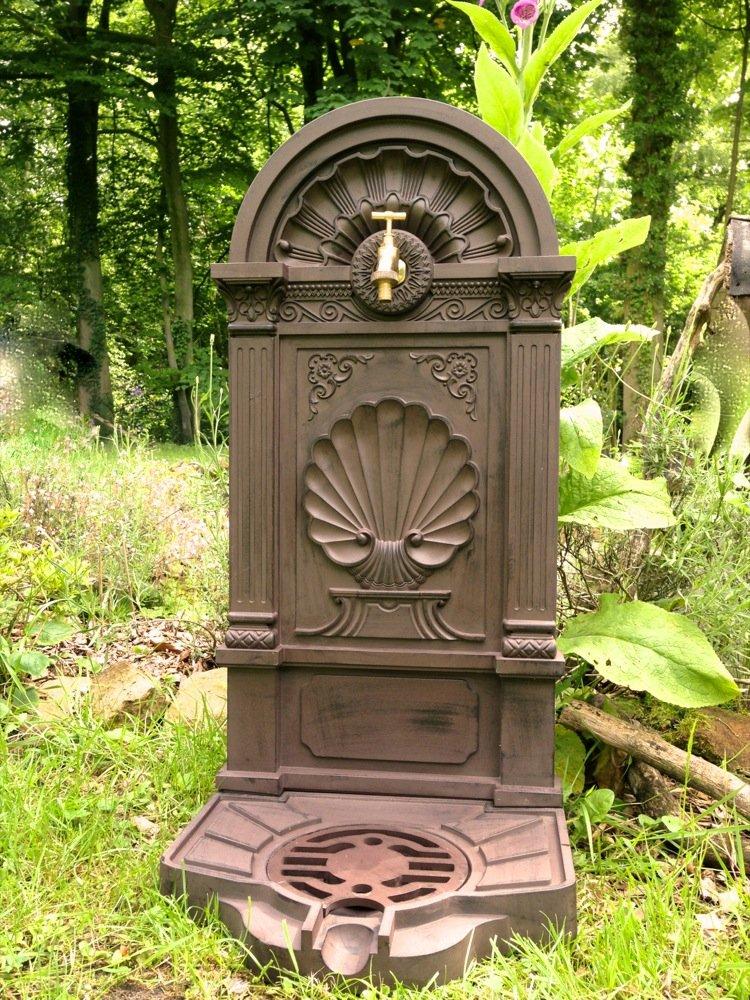Antikas - Fuentes Decorativas de jardín con Grifo de latón - Toma de Agua lavamanos - Fuentes Antiguas rústicas: Amazon.es: Jardín