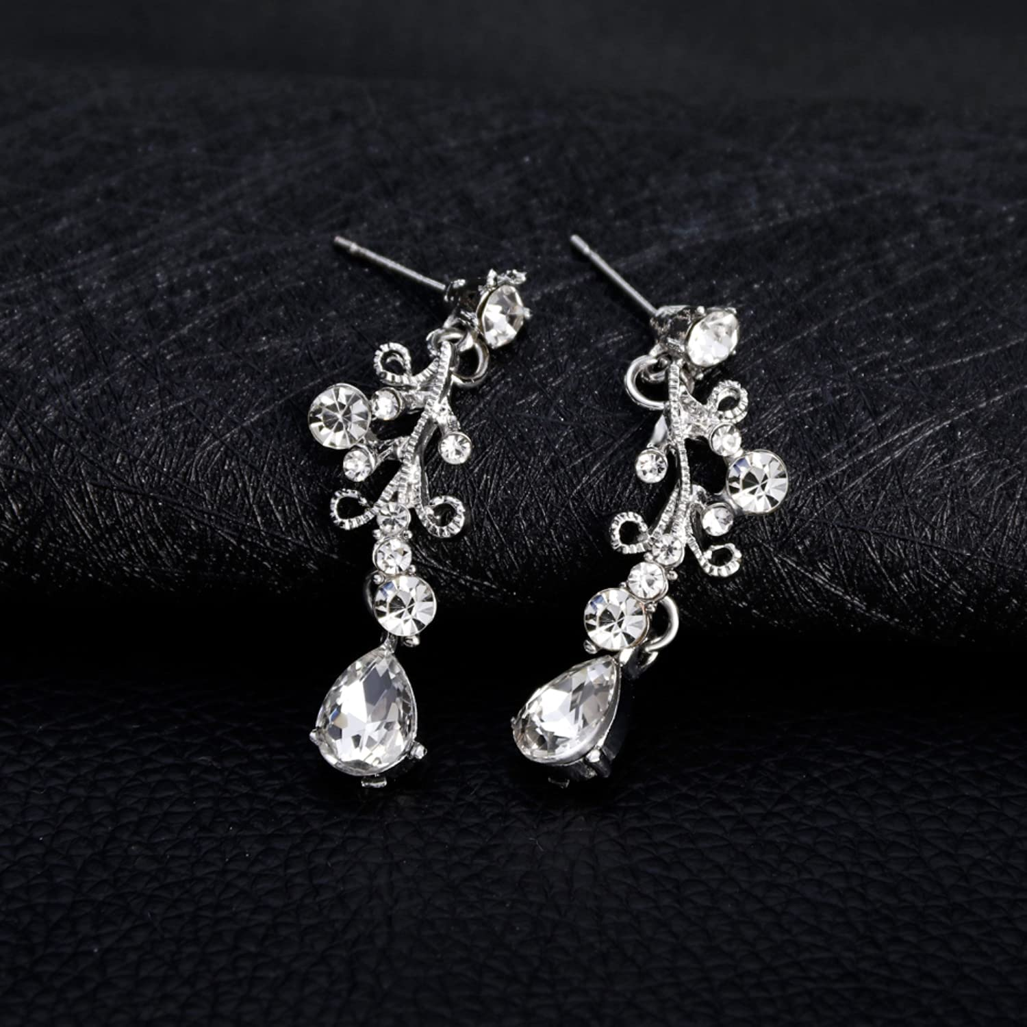 FUTTMI Crystal Bridal Jewelry Set for Women Crystal Rhinestone Necklace Earrings Jewelry Set for Prom Wedding Bride Bridesmaids Gift