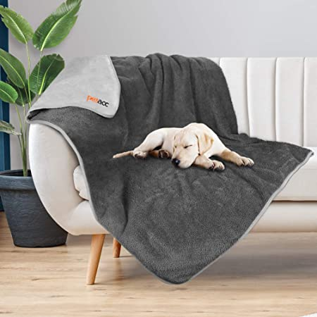 Petacc Waterproof Dog Blankets with Reversible Design, Liquid Proof Pet Blanket for Bed Couch Sofa, Soft Warm Flannel Sherpa Sleep Mat for Dog Cat, Waterproof Dog Bed Cover-Machine Washable