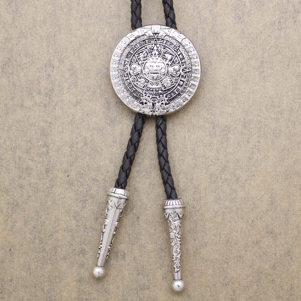 MXEHC Bolo Corbata Corbata Mascarilla de Calendario Detallada Hebilla de Cuero Bolo Tie Moda Hombre Regalo joyería Collar Corbata bolo (Color : Vintage Silver)