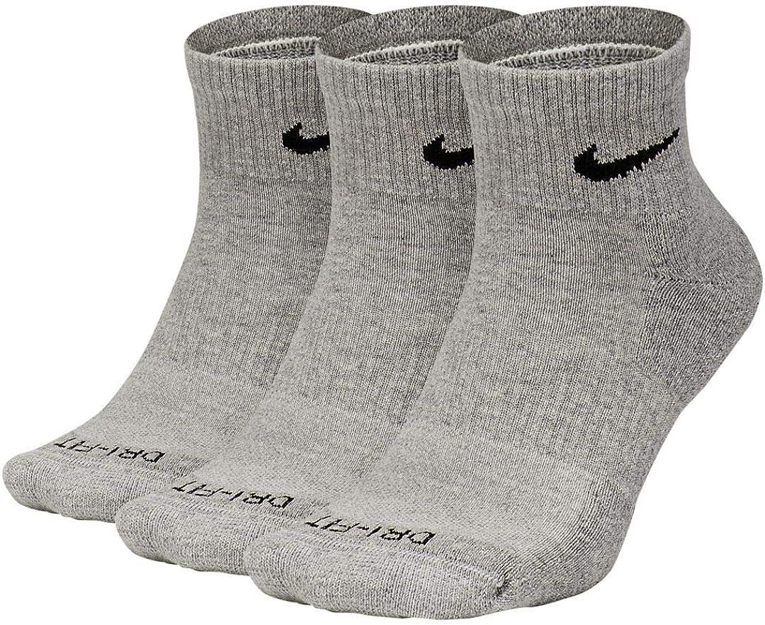 Mirar fijamente hoy uvas  Amazon.com: Nike Everyday Plus Cushion Ankle Socks 3-Pair Pack: Clothing