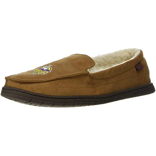 895ebeab561 FOCO NFL Mens Beige Team Logo Moccasin Slippers Shoe