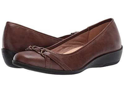 LifeStride Inga (Dark Tan) Women