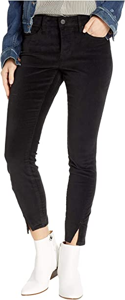 Petite Ami Skinny w/ Twisted Side Seam Slits in Black