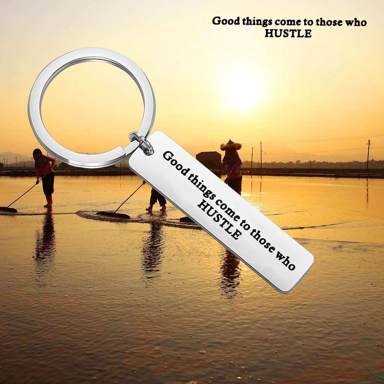 KUIYAI Good Things Come to Those Who Hustle Keychain Runner Keyring Hardworking Gift Running Motivation Jewelry