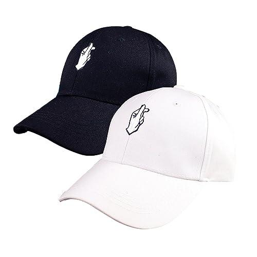 3d92b4b189e Heart Hat  Amazon.com