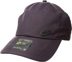 Sportswear H86 Metal Future Cap