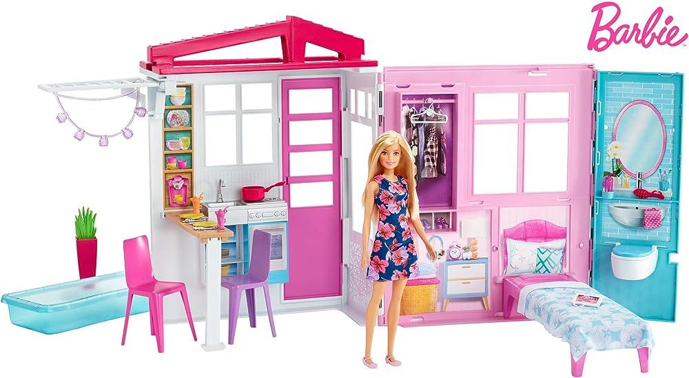 Barbie, ?loft con bambola, casa a 1 piano, portatile con piscina e accessori FXG55