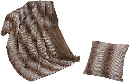 Rf My Home Exklusive Wohndecke Oder Kissen In Felloptik Webpelz Streifen Braun Beige Decke 150x200 Cm Amazon De Kuche Haushalt