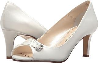 bb41743df589 Amazon.com  W - Ivory   Pumps   Shoes  Clothing