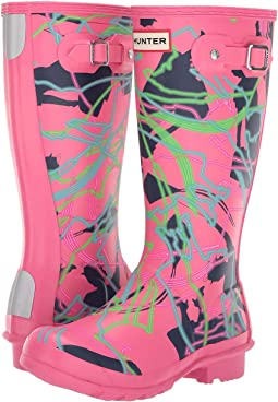 32f3166006 Arcade Pink Bright Camo Print. 40. Hunter Kids. Disney® Mary Poppins  Original Wellington Rain Boot (Little Kid Big ...