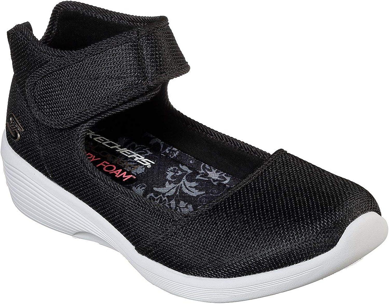 Skechers Arya Strike A Pose Womens Skimmer Sneakers