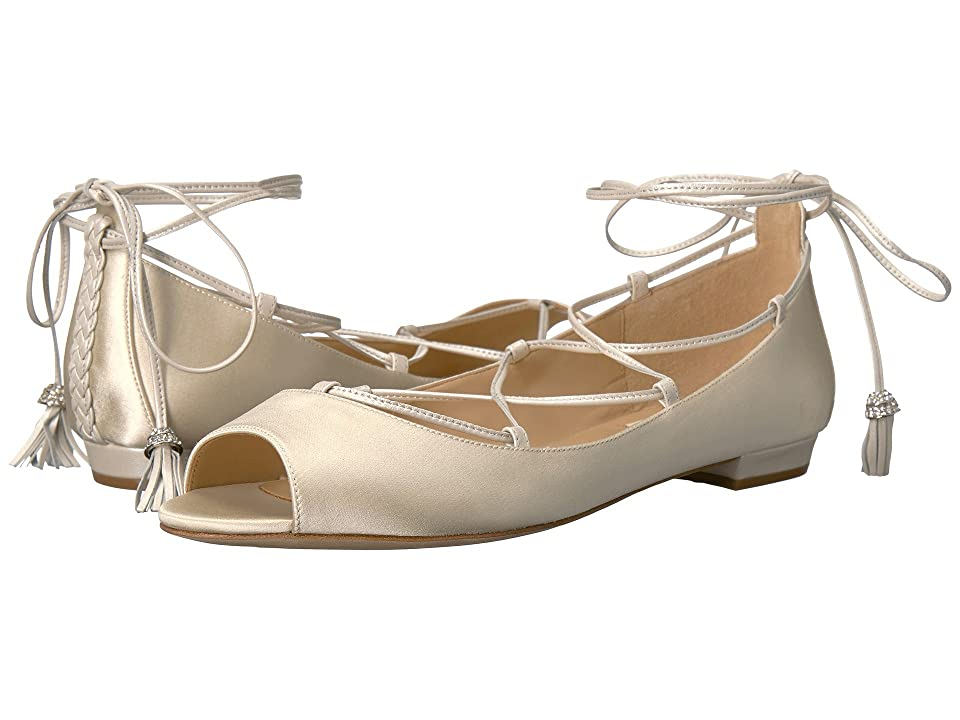 Badgley Mischka Bloom (Ivory Satin) Women