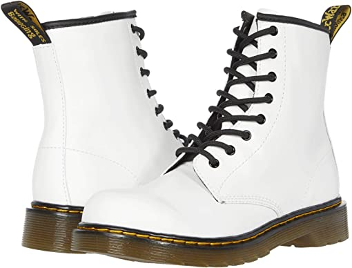 Dr martens chay 8 eye boot navy white red white dots spots