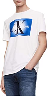 تي شيرت رجالي بأكمام قصيرة من Calvin Klein بشعار Monogram