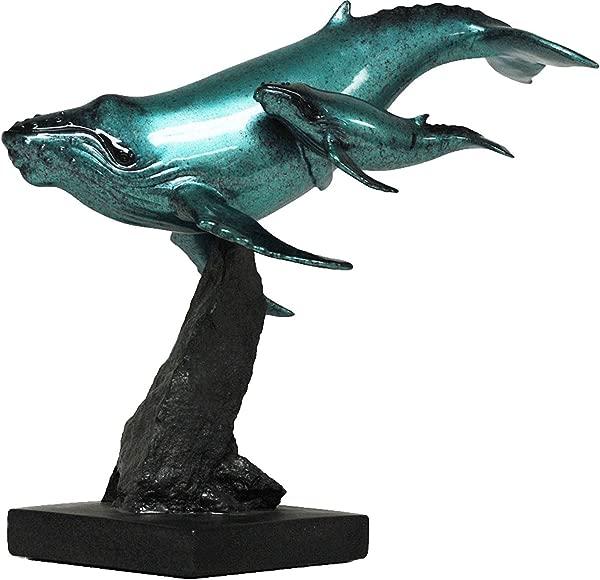 11 釉面母鲸和小牛雕塑