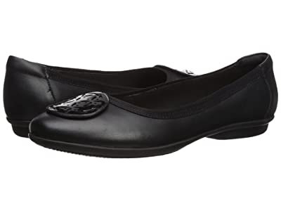 Clarks Gracelin Lola (Black Leather/Synthetic Combo) Women