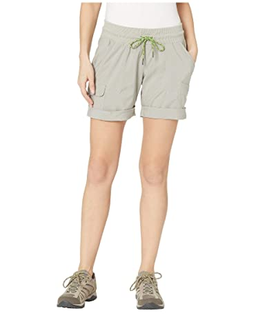 Columbia Pilsner Peaktm Pull-On Cargo Shorts (Flint Grey) Women